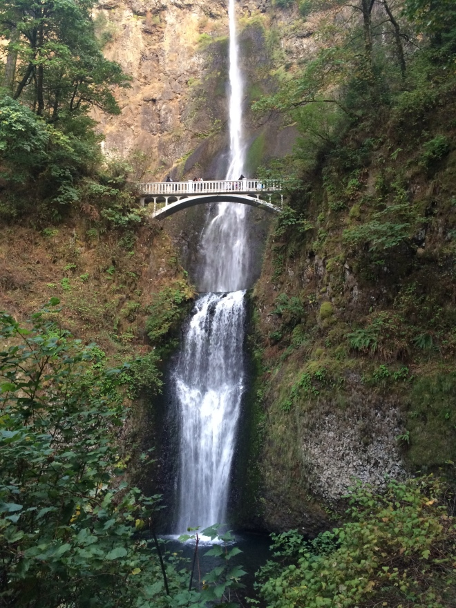 The impressive Multnomah Falls at Columbia River Gorge