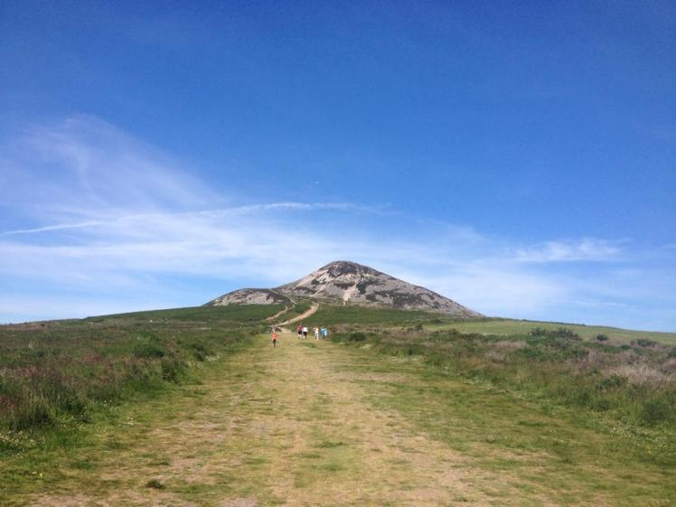 sugar loaf mountain wicklow ireland