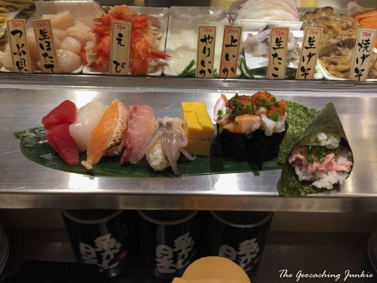 tokyo-standing-sushi-bar-2