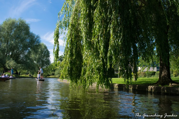 Punting in Cambridge | The Geocaching Junkie