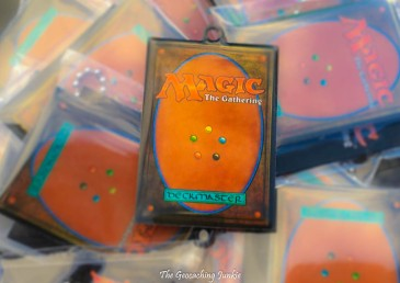 Win a Magic: The Gathering trackable tag with The Geocaching Junkie!